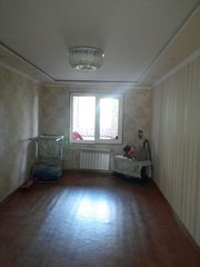 Срочно продается 2 комнатная квартира на 3 этаже. . c обстановкой